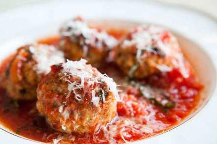 meatballs-ricotta-tomato-horiz-a-1800